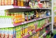 Dlaczego rząd promuje słodycze i piwa smakowe?