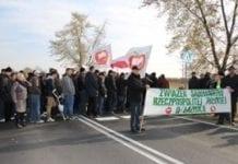 Sadownicy protestowali na drodze krajowej nr 74