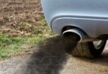 Nielegalny diesel zalewa Polskę