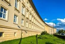 We Wrocławiu na dachu Urzędu Wojewódzkiego powstała pasieka