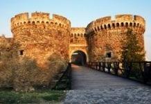 Nadgorliwi ogrodnicy zagrażają fortecy