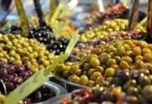 """""""Olive You"""" – Grecy promują oliwki"""