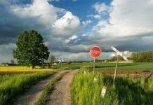 Proces rolników ws. utrudniania przetargów na nieruchomości rolne