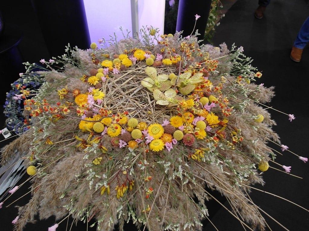 Różnorodne kompozycje florystyczne były dowodem na to, jak dużą wyobraźnią wyróżniają się ich twórcy - 2