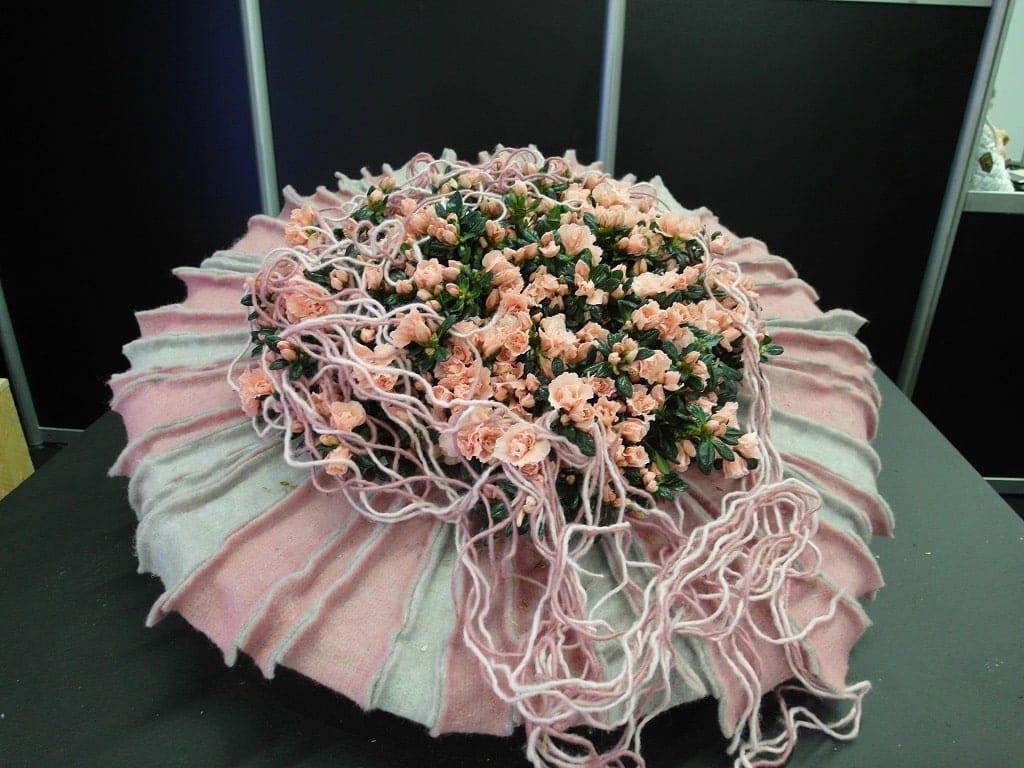 Różnorodne kompozycje florystyczne były dowodem na to, jak dużą wyobraźnią wyróżniają się ich twórcy - 3