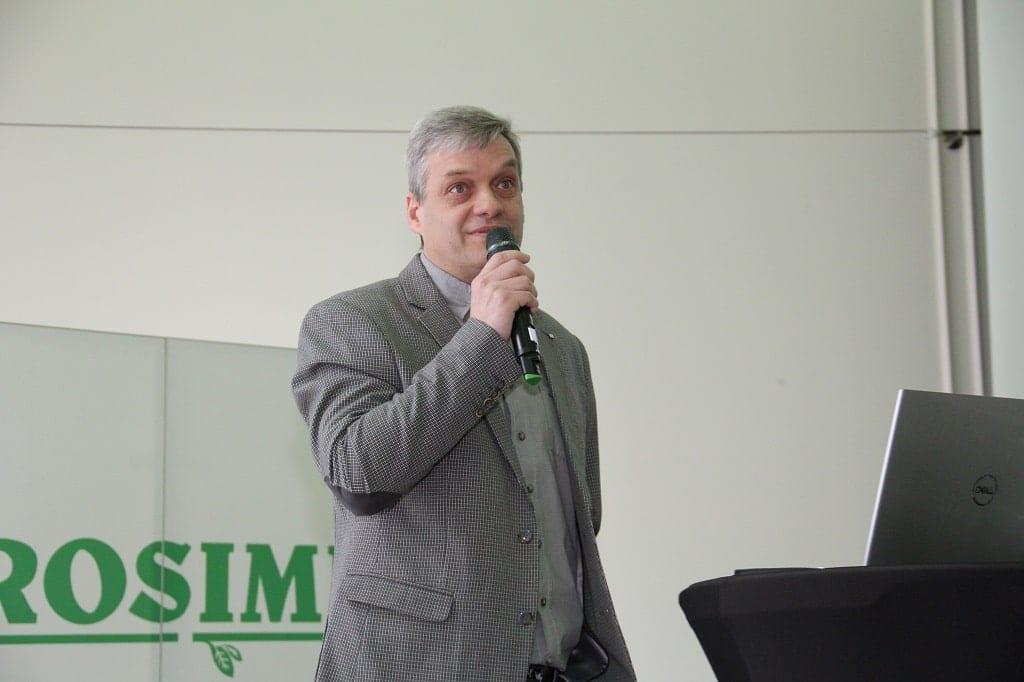 dr Tomasz Krupa