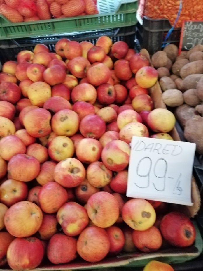 Jakość owoców pozostawia wiele do życzenia. fot. P. Grel