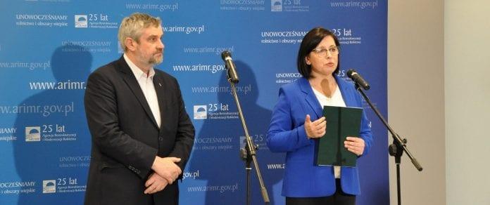 minister rolnictwa i rozwoju wsi Jan Krzysztof Ardanowski oraz Maria Fajger prezes Agencji Restrukturyzacji i Modernizacji Rolnictwa